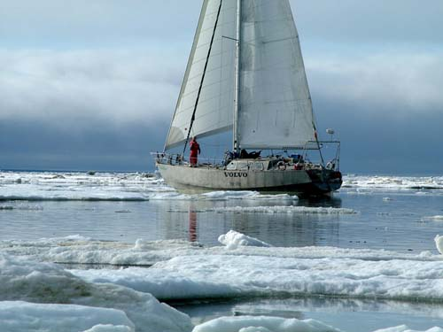 Northabout in the ice